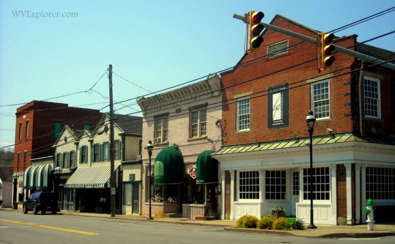 Shops in downtown Barboursville