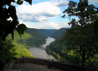 Overlook of New River at Hawks Nest State Park, Ansted, WV, Fayette County, New River Gorge Region