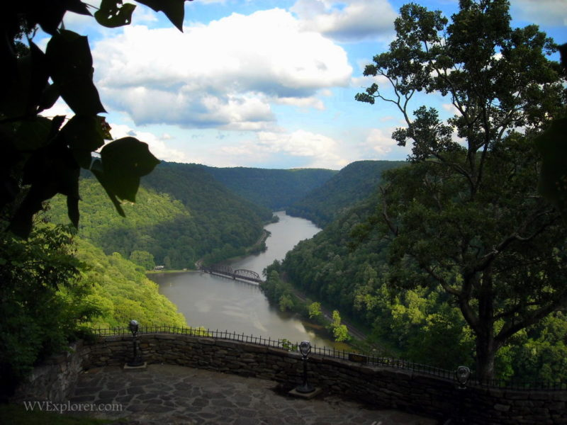 Overlook of New River at Hawks Nest