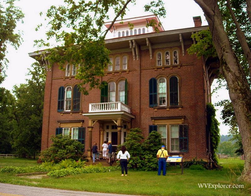 Visitors explore Henderson Hall at Boaz