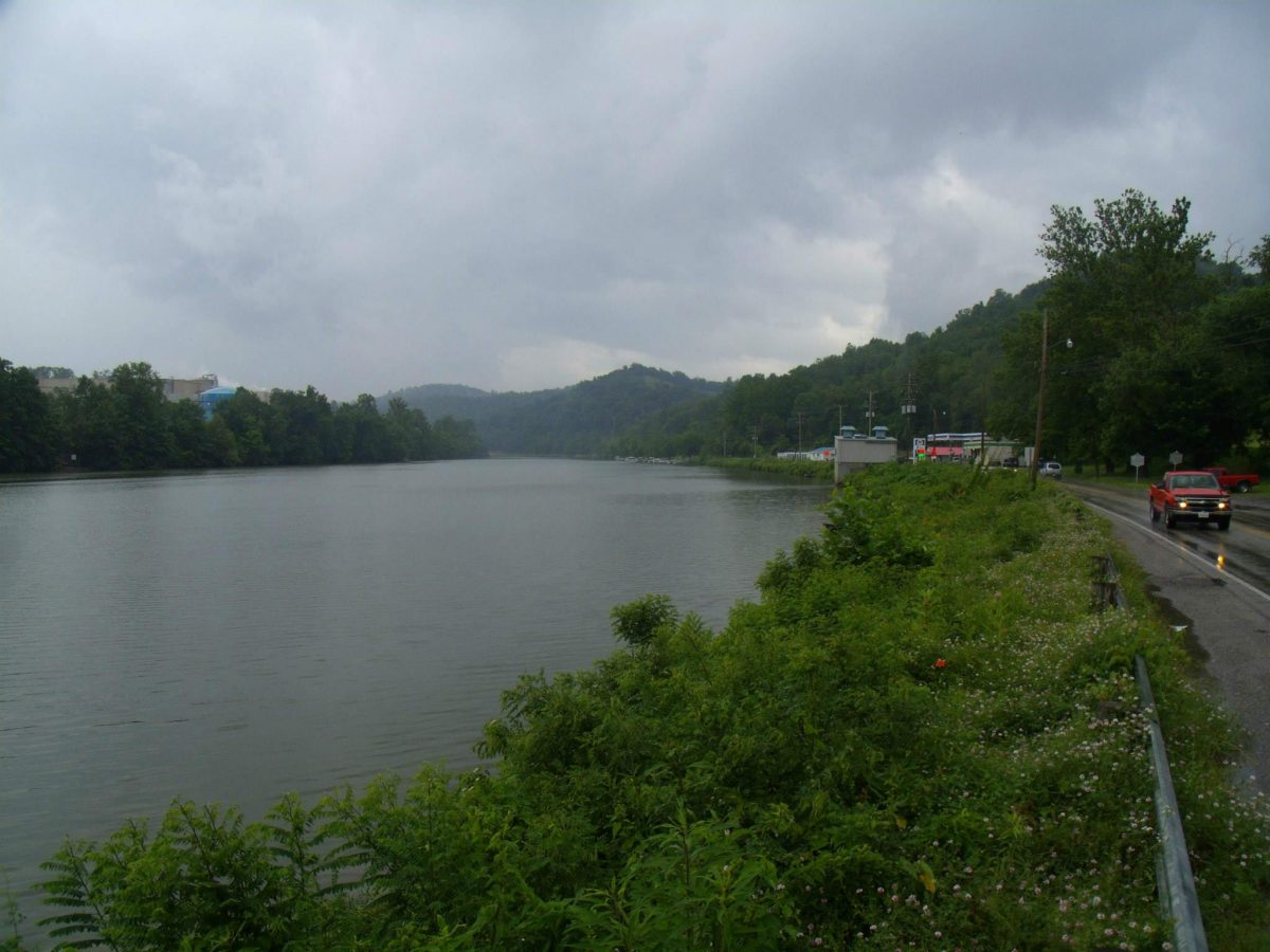 Monongahela River at Rivesville