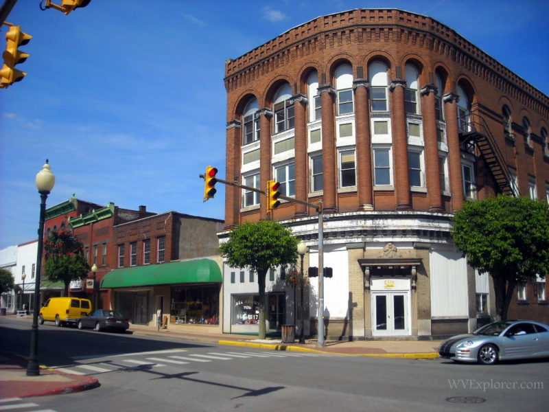 Buildings in downtown Moundsville