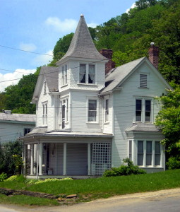 Queen Anne home at Worthington, West Virginia, Marion County, Monongalia Valley Region
