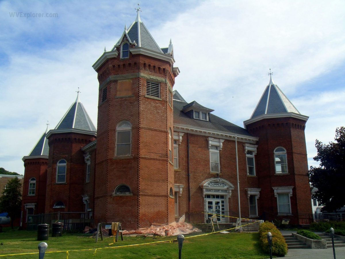 Summers County Court House