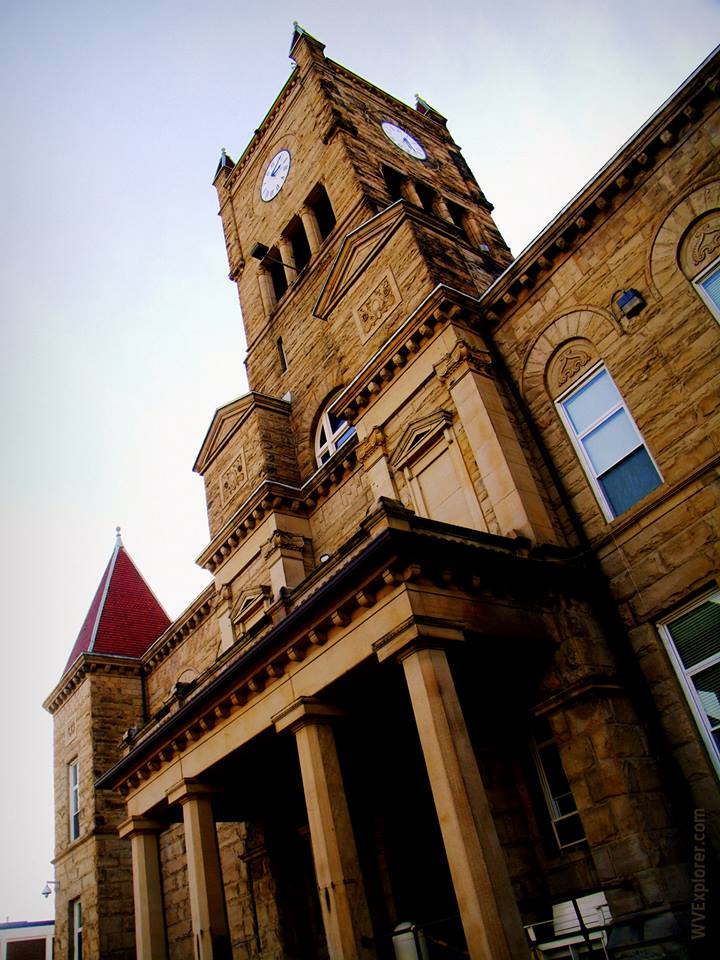 Courthouse at New Martinsville