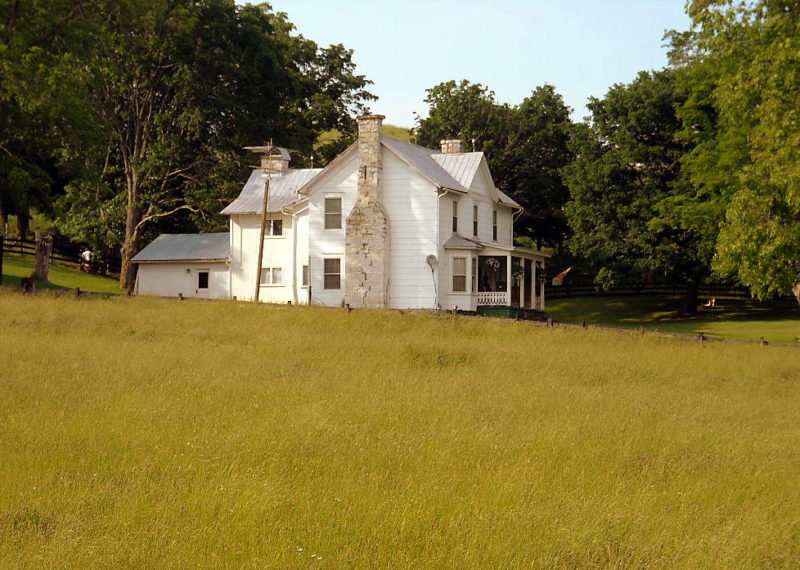 Farmhouse near Blaker Mills