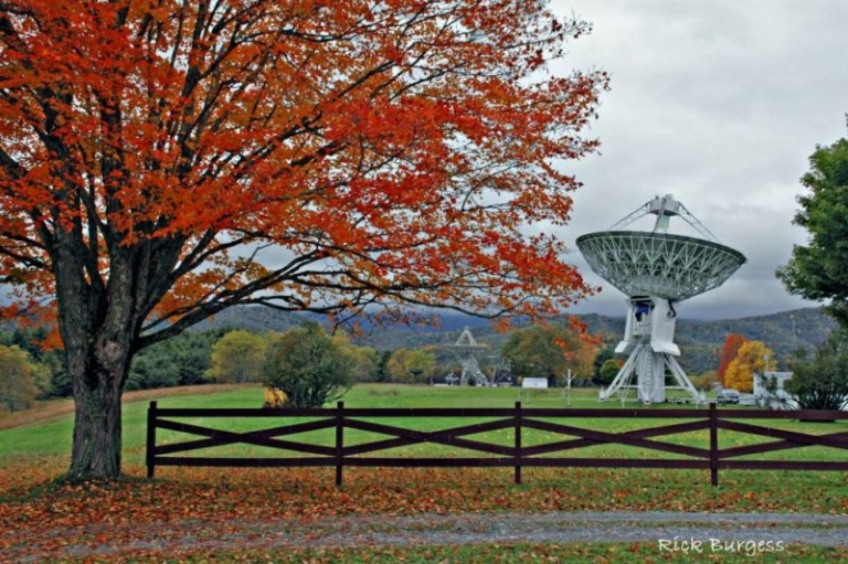 West Virginia observatory monitors signals from distant galaxy