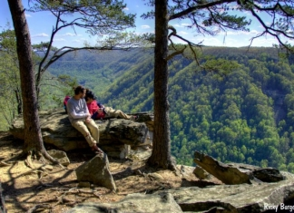 Hikers at Beauty Mountain, New River Gorge National River, New River Gorge Region