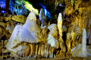 Flowstone, Caving at Lost Word Caverns, Lewisburg, WV, Greenbrier County, Greenbrier Valley Region