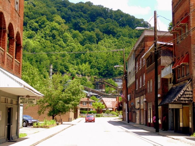 2019 outlook bleak for middle-class West Virginians