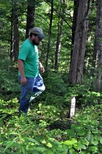 Cole visits grave
