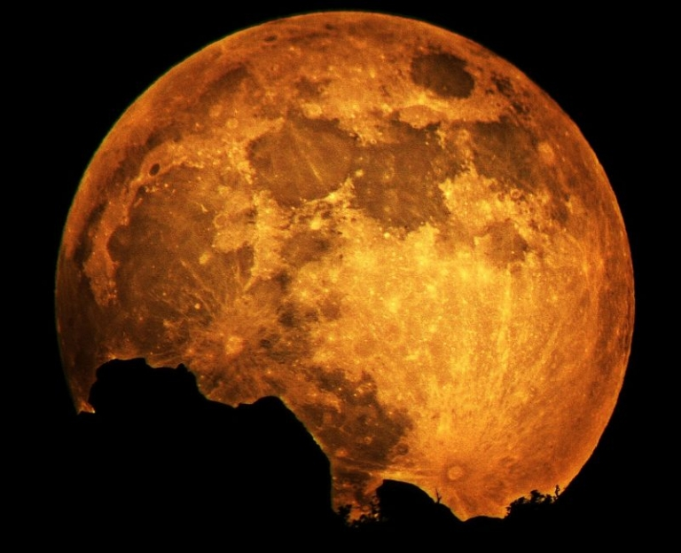 Moonrise walk hints at increased physical activity in southern W.Va.