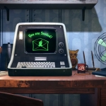 A desk featured in Fallout 76 includes a console reminiscent of the '70s and an early 20th-century fan.
