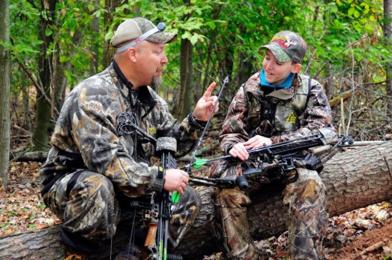 Special antlerless deer hunt set for Oct. 20, Dec. 26-27