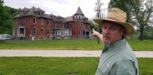 As bad as it looks, it's not that bad, says David Sibray, also a real estate agent who specializes in the sale of historic West Virginia properties.