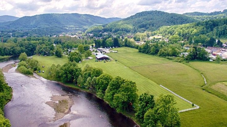 The Five River Campground extends along the valley of the Cheat River north of Parsons, West Virginia.