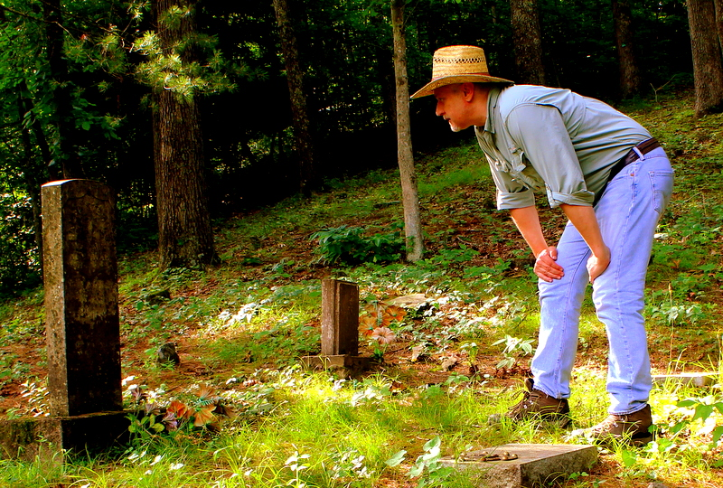 Sibray visits the remote grave of Captain Ralph Stewart near Oceana, West Virginia.