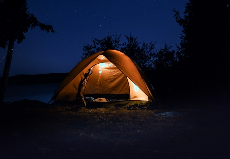 Governor directs private campgrounds to close to out-of-staters