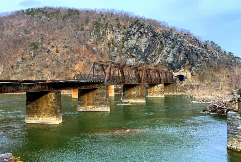 Park service may shuttle visitors while Potomac bridge is repaired