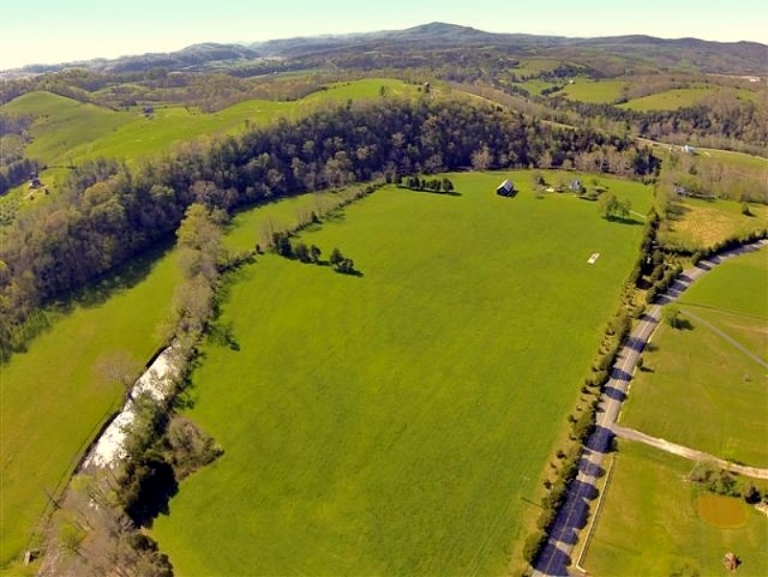 Sleepy valley of Indian Creek grows as a residential destination